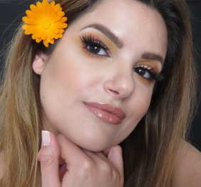 yellow look makeupsinner